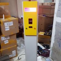 Tủ máy phát thẻ tự động dùng cho bãi đỗ xe thông minh LH002